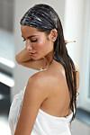 HODEBUNN: Sliter du med irritert hodebunn og uregjerlig hår? Da kan en hårskrubb kanskje være løsningen. FOTO: NTB Scanpix